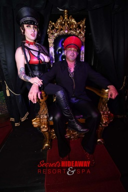 Sir Tank and Goddess Ellez: The Masters of Kink